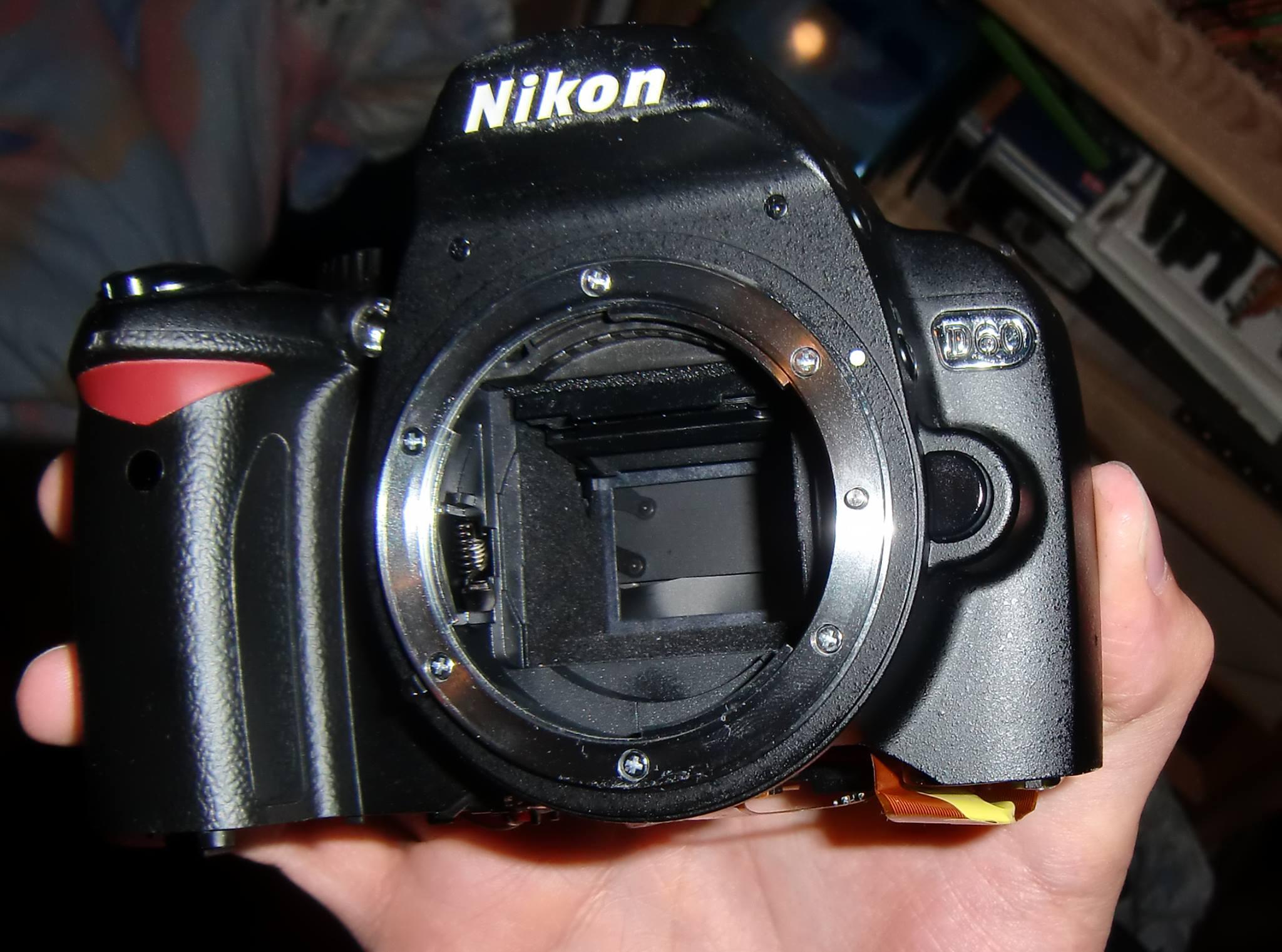 Repairing Is Fun – Let's Get The Nikon D60